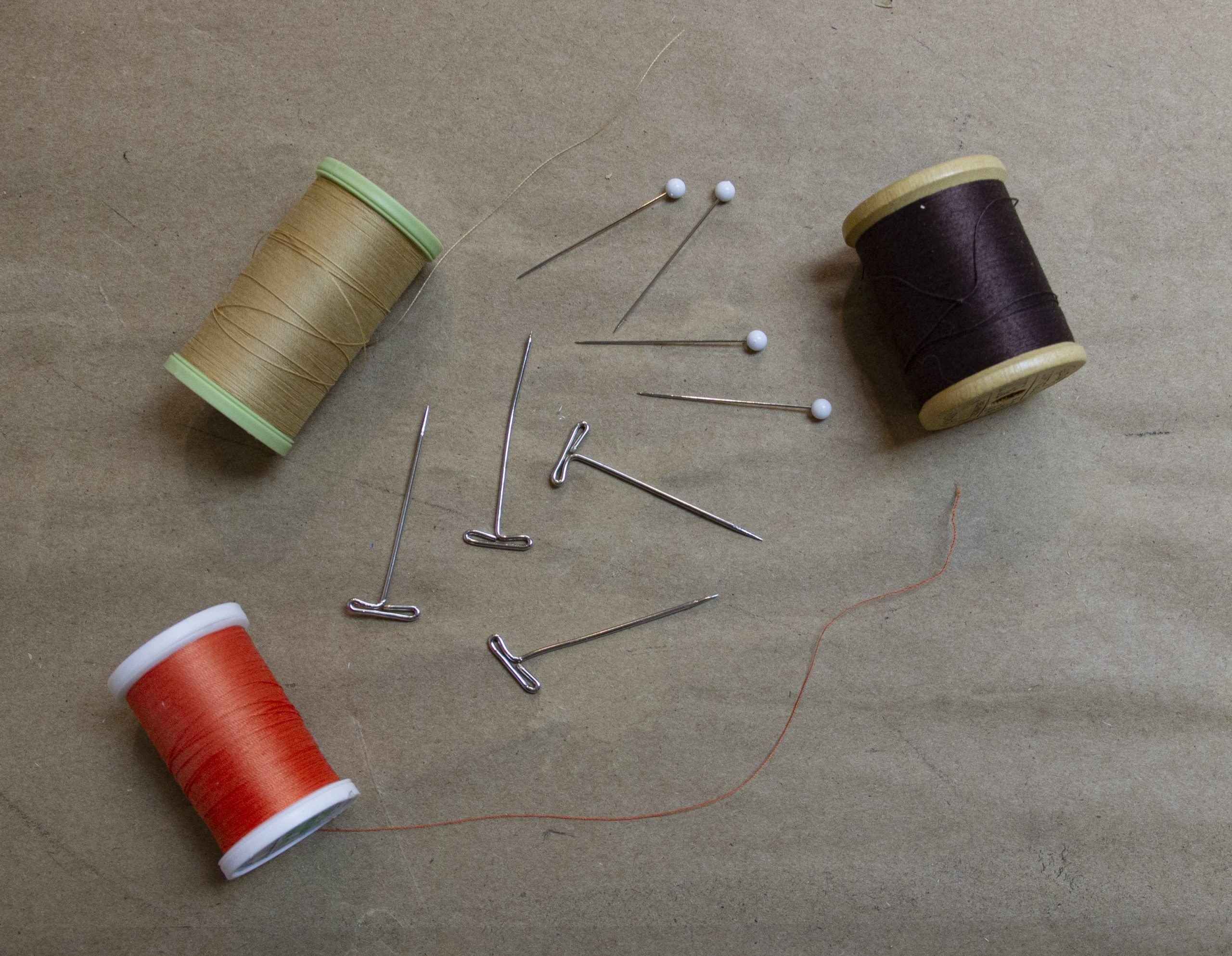 Sewing kit & Straight Pins